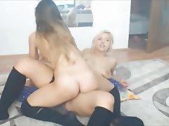 Amateur, Babe, Lesbian